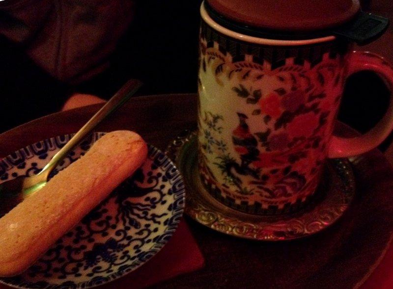 Tadshikische-Teestube-bemalter-Teebecher